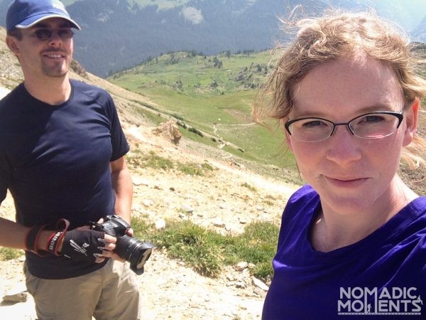 Two hikers on the Four Pass Loop in Colorado