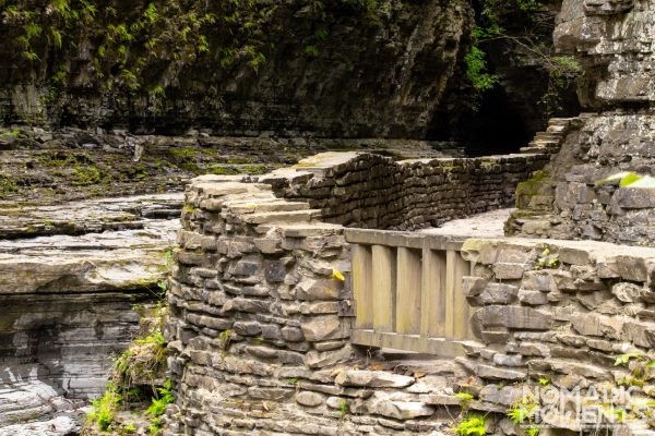 The Gorge Trail through The Narrows