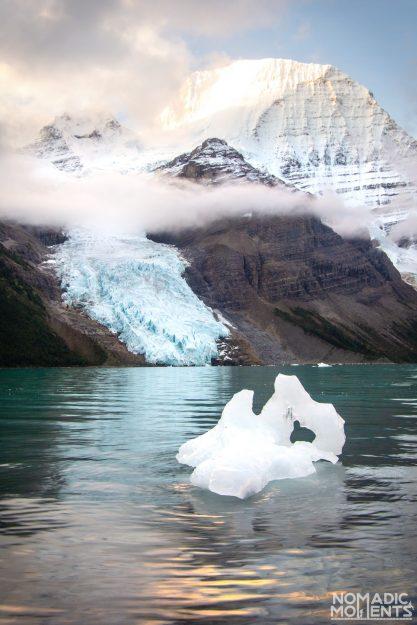 Icebergs at Berg Lake