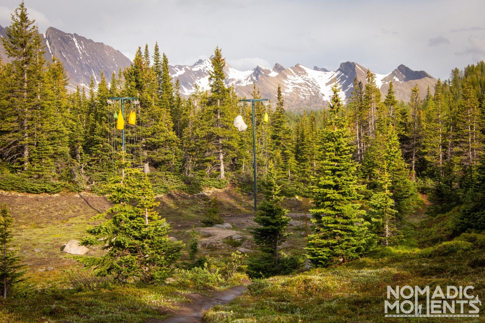 Canada Hanging Poles